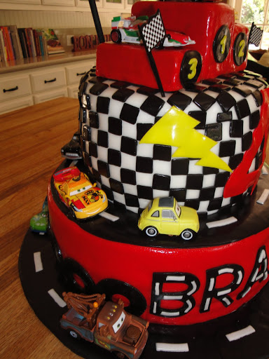 Lightning Mcqueen Cars 2 Cake Cakes By Nathalie